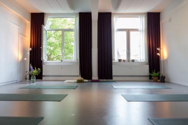Yoga Puur Breda